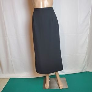 Karen Scott Black Pencil Skirt in a size 12